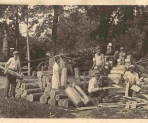 Jumta skaidu gatavošana ap 1930. gadu Ļaudonā